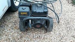 Dewalt DXPW3835 4-Stroke Gas Powered 3800 PSI Pressure Washer Honda GX270 Engine